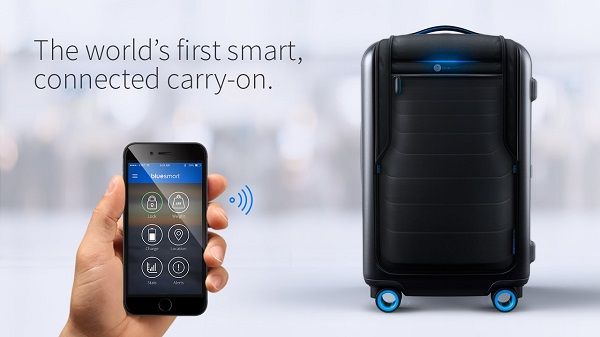 Bluesmart IoT Mobile carry on
